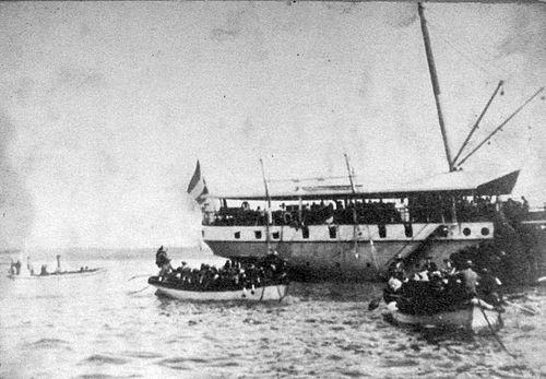Dutch troops landing at Sanur beach